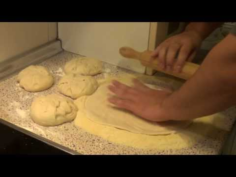 Como hacer Masa de pizza, con levadura fresca.