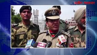 video : बीएसएफ ने स्वतंत्रता दिवस के मौके पाक रेंजरों को भेंट की मिठाई