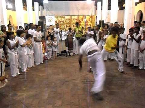 Capoeira a Lençóis (Bahia) - Contra Mestre Besouro 2011