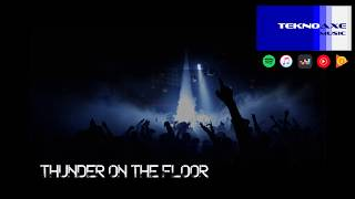 Royalty Free :Thunder on the Floor