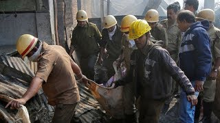 Massive fire in Kolkata's Dum Dum area, 1 killed - TIMESOFINDIACHANNEL
