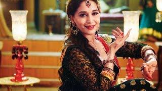 Madhuri Dixit Dances Her Way At Dahi Handi - THECINECURRY