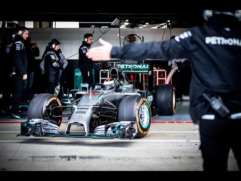 Видео: Хорхе Лоренсо протестировал Mercedes F1