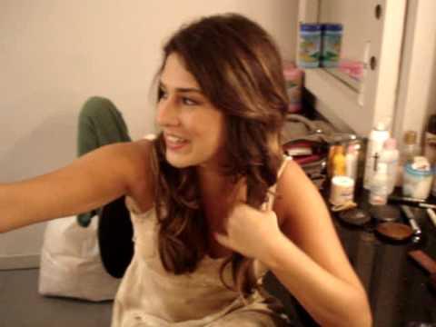 Fernanda Paes Leme na peça Dona Flor e Seus Dois Maridos