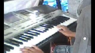 Anak 11 tahun bermain keyboard view on youtube.com tube online.