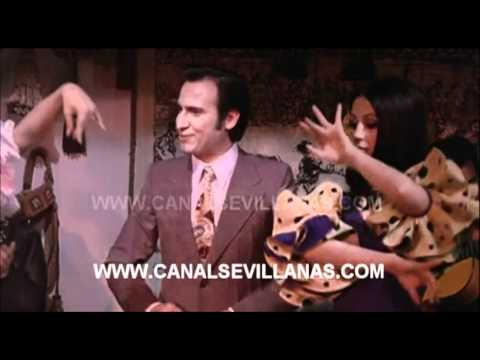 Manolo Escobar. La Minifalda
