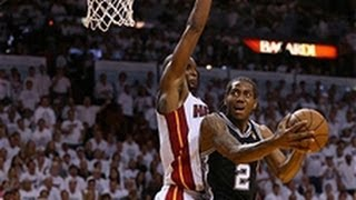Kawhi Leonard Hits The Crazy No-Look Reverse Layup