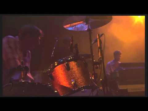 The Black Keys - Howlin' For You (Live at Coachella 2011)