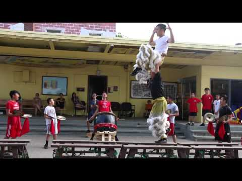 Lion Dancing Pole 2014 Nhu Thanh Lion Dance Road