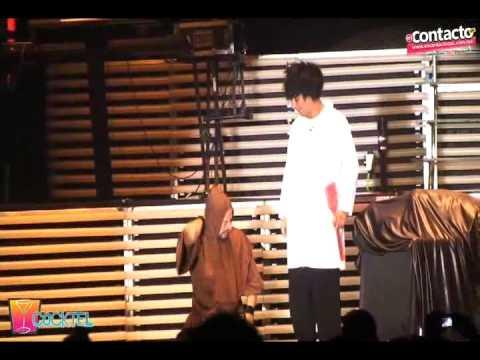 Mascabrothers con sus personajes del Dr. Frank e Igor en la FENAZA 09