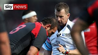 Nigel Owens tells his experience of homophobia - SKYNEWS