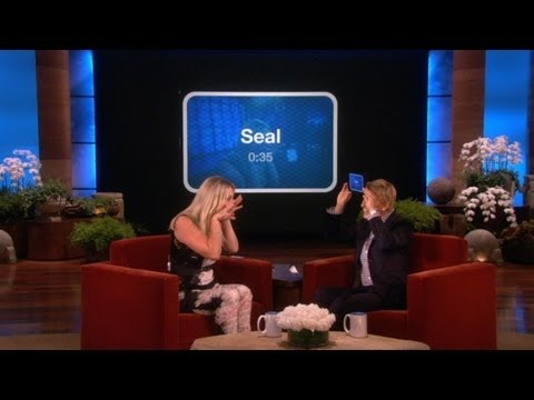 Ellen and Kaley Cuoco Play 'Heads Up!'