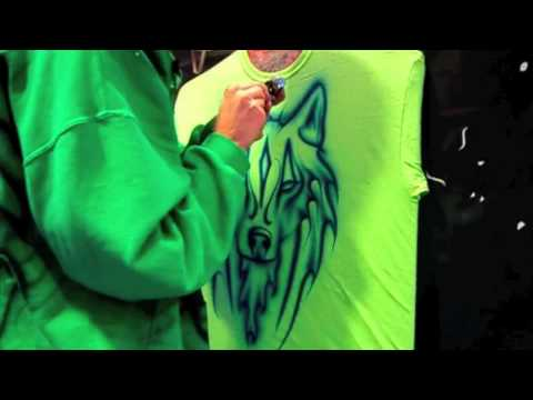 Airbrush T Shirt Tribal Wolf Blue on Green