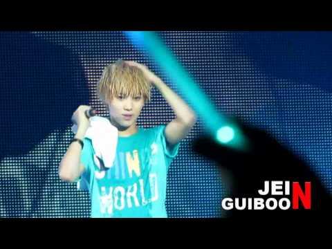 [Fancam] 110910 Taemin - SHINee World Concert in Singapore