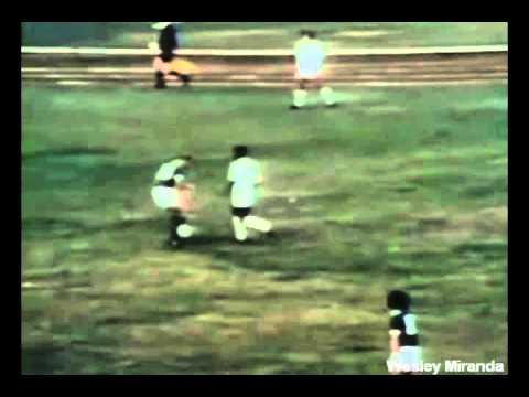 Pelé aplica sensacional