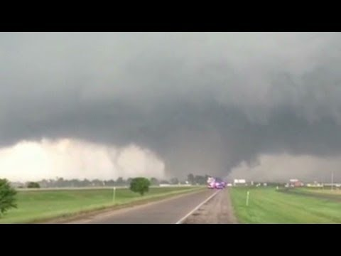 See tornado devour objects in Oklahoma