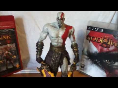 NECA God of War II Kratos Flaming Blades of Athena figure Review