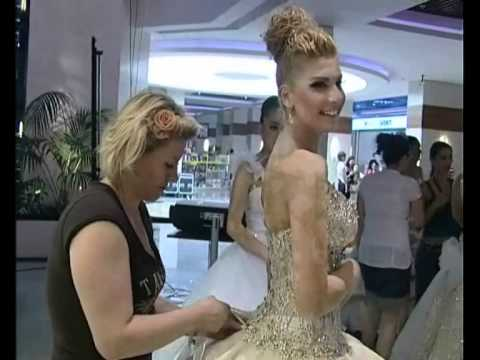 FRIDA XHOI & XHEI FASHION 2011 Backstage