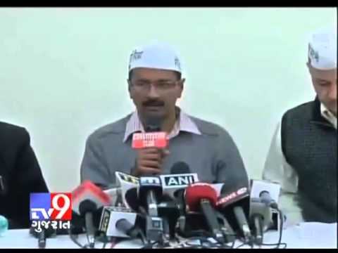 'Anna bhakt' threw black paint at Arvind Kejriwal   Tv9 Gujarat