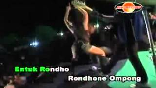 hot dangdut heboh SEXY IKIF KAWASHIMA angge2 orong2 view on youtube.com tube online.