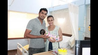 TV actress shares an adorable pic of her NEWBORN BABY with hubby, 21 days after her birth! - ABPNEWSTV