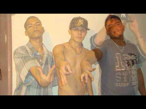 el nino ft chango ft dizzy 2013)aqui no se comparan