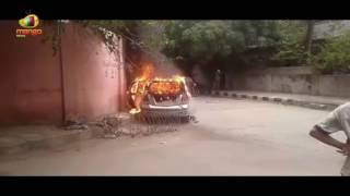 Fire Broke In 2 Cars Which Were Kept In Tappachabutra Police Station Parking | Mango News - MANGONEWS