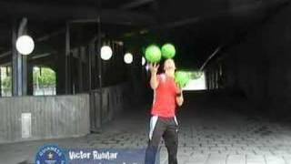 Guinness World Records - Extre is hot and his tricks are ho