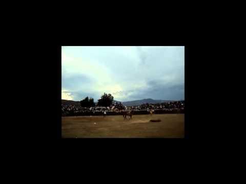 Jaripeo Ranchero (Toros Mata caballos) Tacicuaro, Michoacan. Dom. 5 Feb. 2012
