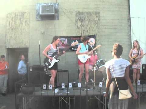 Chastity Belt at Hot Poop's National Record Day Concert