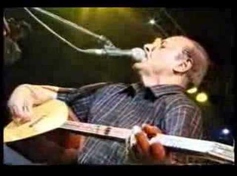 Neşet ERTAŞ Niğde Bağları Ankara Konseri Demirli