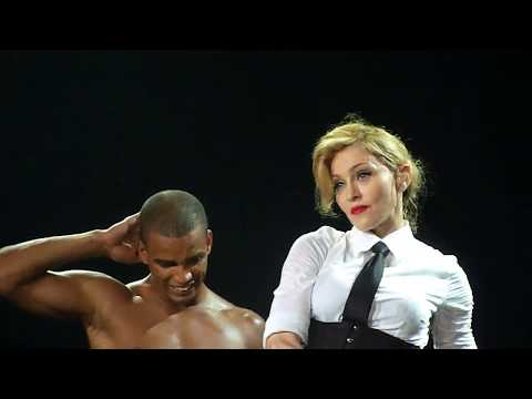 Madonna - Human Nature (Berlin 28.06.2012 - MDNA Tour) Front Row HD