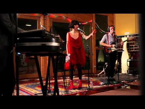 "Thumbnail image for 'Kimbra - ""Good Intent"" (Live at Sing Sing Studios)'"