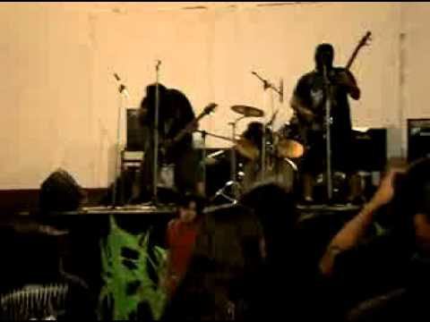 Ninfomana Canibal (Evisceration en vivo My Dark Desires 4 Bariloche 16/2/13)