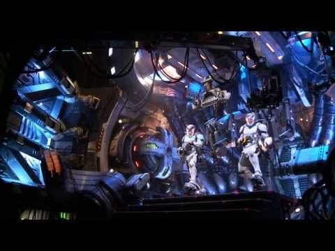 "Pacific Rim - ""Oversized Robot Sets"" Featurette"