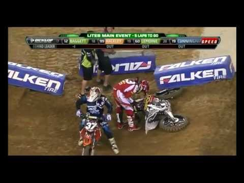 M. Stewart VS Bogle RD7 2012 AMA Supercross Lites