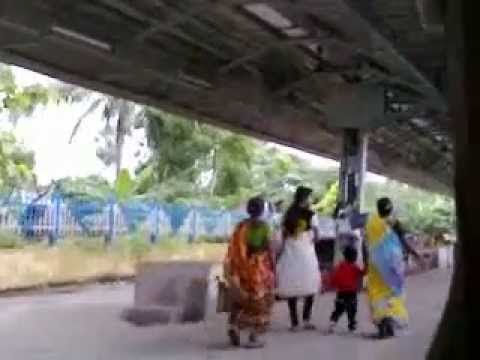 INDIAN VILLAGE LOCAL TRAIN LEAVED THE PLATFORM
