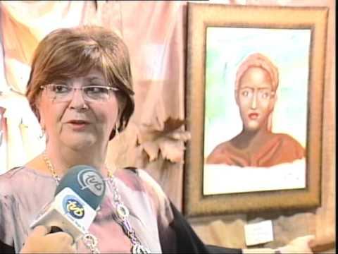 Una pintora autodidacta lucha contra la ablación a través de sus cuadros