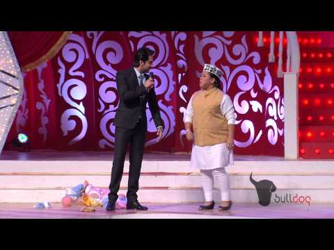 Ayushmann Khurrana & Bharti Singh at their comic best at the People's Choice Awards 2012 [HD]