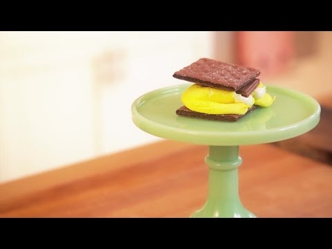 How to Make Peeps S'mores
