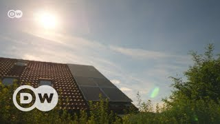 Saving solar energy for a rainy day | DW English - DEUTSCHEWELLEENGLISH