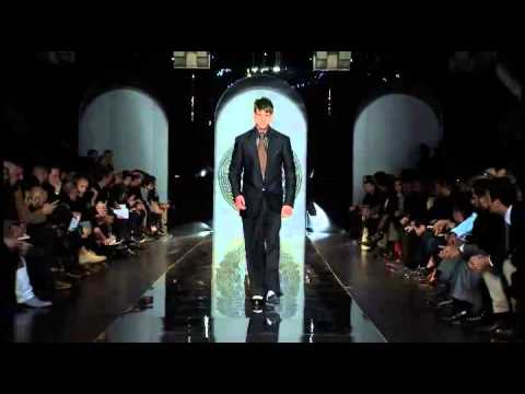 Versace Men Fall Winter 2013-14 Fashion Show