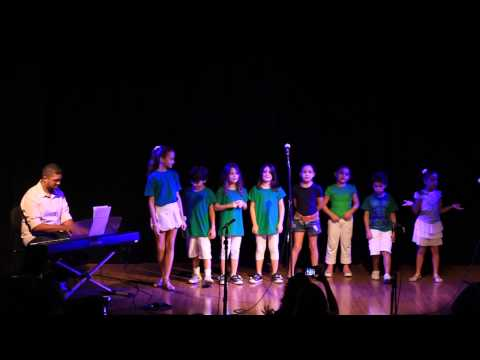 VIVA Escola de Artes - Coral VIVA Kids interpreta