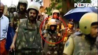 सबरीमाला : पुलिस सुरक्षा के बीच मंदिर की तरफ बढ़ रहीं महिलाएं - NDTVINDIA