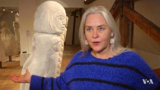 Sculptures Connect People Through Love and Suffering Stories - VOAVIDEO