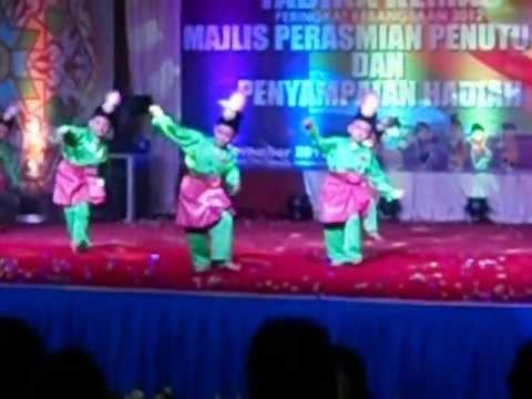 Juara Tarian Zapin! (Johor) - Hari Potensi Tabika Kemas Peringkat Kebangsaan 2012.