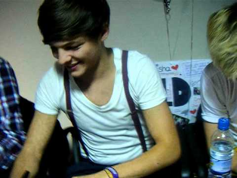 One Direction Manchester Signing - 11th September 2011