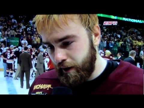 Minnesota Wins The NCAA Hockey National Championship in OT! 2011