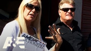 "Storage Wars: Rene and Casey""s Heavy Statue"