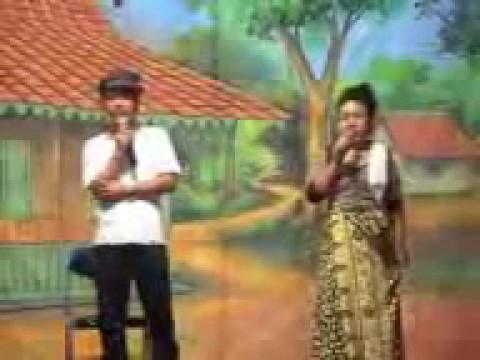Lenong Betawi Malih Tong-tong Vs Bolot